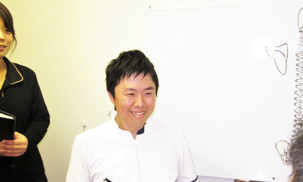 右京区嵯峨嵐山の交通事故治療画像
